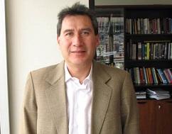 """Adrián Bonilla, director de Flacso: """"Hay que despenalizar el consumo de todas las drogas"""""""