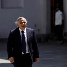 Ministro Chadwick es dueño de 376 millones de pesos en acciones de Aguas Andinas