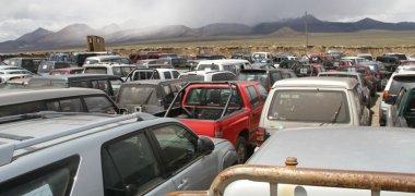 Bolivia restituye a Chile 209 vehículos robados