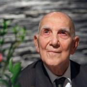 Muere a los 95 años Stéphane Hessel, el autor de '¡Indignaos!'