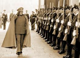 En el día de la presentación de película No en los Oscar, Estados Unidos desclasifica que Pinochet intentó desconocer triunfo en plebiscito