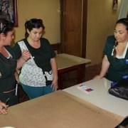 Comunidad educativa diálogo sobre temática intercultural