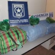 En 5 procedimientos Aduana descubre más de 17 mil dosis de cocaína
