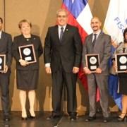 Fiscal y funcionaria de Tarapacá recibieron reconocimiento a nivel nacional