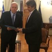 Senador Rossi  al igual que alcalde de Iquique,  se reunió con Ministro Burgos y entregó documento sobre necesidades de la ciudad
