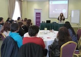 Convenio Sernam-Unap para potenciar habilidades emprendedoras de mujeres