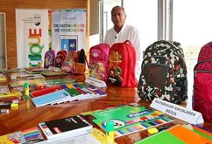 Más de 330 millones destina municipio Iquique para compra de útiles escolares a escuelas municiapalizadas
