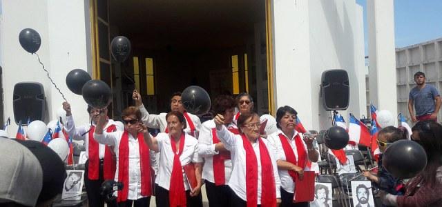 Después de 43 años, ex presas políticas en Pisagua se querellarán contra carceleros que las vejaron