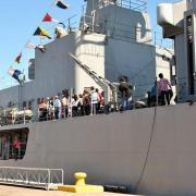 Ejercicios operacionales y muestra de buques de la Escuadra Nacional en el Puerto de Iquique
