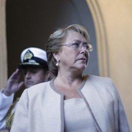 Bachelet, como ciudadana, se querella contra la Revista Qué Pasa