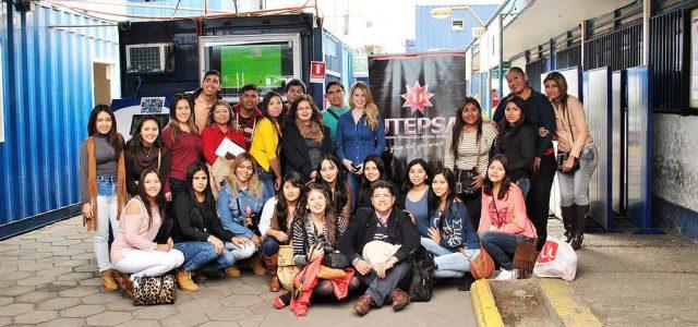 Estudiantes de Comercio Exterior de Bolivia conocen instalaciones del ITI