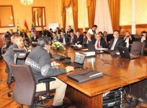 Bolivia, Perú y Paraguay definen trabajo permanente para el tren bioceánico