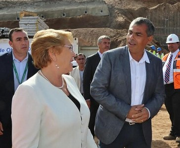 Lo hizo: Alcalde Soria invitó a Presidenta Bachelet a conmemorar el 21 de mayo en Iquique