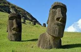 Isla de Pascua: proyecto de ley establece límites a turistas y a trabajadores velando por la sustentabilidad. 30 días será la permanencia máxima