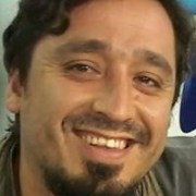 Rodrigo Oliva, de la Izquierda Autónoma, es el candidato a diputado que apoya el Frente Amplio