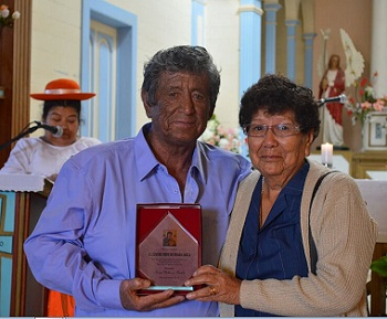 En Huara devotos celebraon festividad religiosa del Perpetuo Socorro