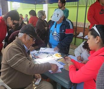 En La Quebradilla de Alto Hospicio y Agro de Iquique Jorge Soria inicio recolección de firmas para inscribir candidatura senatorial independiente
