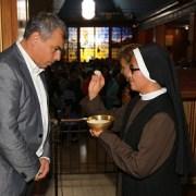 Más de mil devotos participaron en Eucaristía del Adulto Mayor en La Tirana