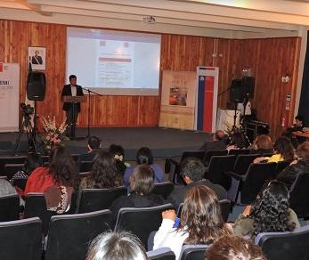 Realizan seminario para potenciar el conocimiento y habilidades en pedagogía y didáctica intercultural