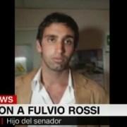 Conmoción por ataque a Fulvio Rossi. Heridas superficiales y fuera de peligro