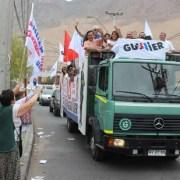 Centenares de autos se sumaron a la Caravana del Triunfo por candidatura presidencial de Alejandro Guillier
