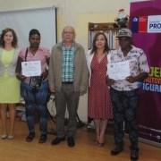 Capacitan a  organizaciones sociales con participación de la comunidad de haitianos