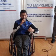 FOSIS y SENADIS certifican a personas en situación de discapacidad. Usuarios son parte del programa en comunas de Iquique y Alto Hospicio