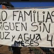 Pobladores del barrio transitorio de emergencia plantean sus problemas al alcalde Ferreira