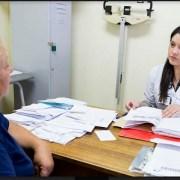 Con operativo que incorpora especialidad médicas, enfrentan listas de espera en Hospital de Iquique