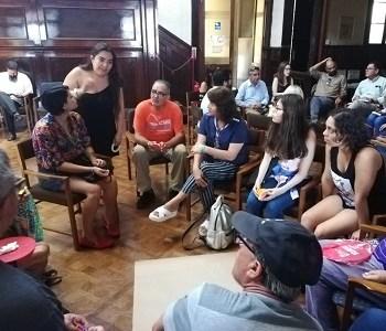 """""""La Porfiada Memoria"""", taller de derechos humanos que desarrolla jurista de la Universidad de Chile"""