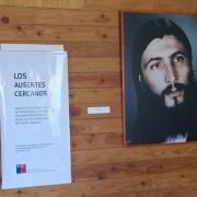 Emotiva visita guiada recorre la vida y la historia de 7 ejecutados políticos en Pisagua. Imágenes coloreadas muestran diversos aspectos de sus vidas