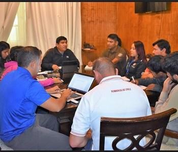 Tras partipar en reunión de Comité Operativo de Emergencia, COE, coordinan apoyo para agricultores de Huara afectados por lluvias estivales