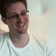 """El ex miembro de la CIA, Edward Snowden, desvela cómo EE.UU. pudo provocar el """"apagón"""" venezolano"""