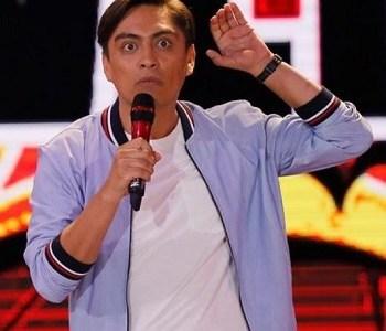 """En esta jornada de lunes, el comediante Sergio Freire se presenta en feria gastronómica """"Degusta Iquique"""""""