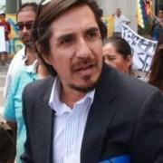 Abogado Claudio Vila acusa que Ministerio Público quiere reeditar vieja práctica de «caza de brujas», al llamar a denunciar hechos aislados en contexto de movilizaciones
