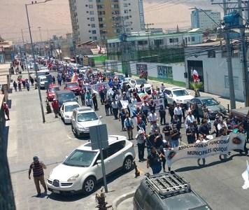 Marcha de esta mañana de lunes recorrió calles del centro de Iquique en completa normalidad