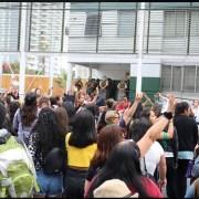 """#LasTesisSenior repitieron perfomance de """"El violador eres tú"""" frente a unidades policial y militar"""
