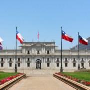56 alcaldes de todo el país -incluído Mauricio Soria-, piden a Piñera que declare cuarentena nacional, para evitar propagación de Covd-19