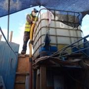 Podría recrudecer crisis sanitaria en tomas de Alto Hospicio, ante amenaza de paralización de camiones aljibes