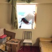 En intento desesperado extranjeros ocupan ilegalmente residencia del personal de Salud de Colchane. Durmieron, usaron baños y se alimentaron para luego huir