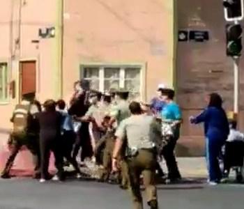 Al menos dos manifestantes detenidos luego de protesta porque cajas de alimentos no llegan a los vecinos