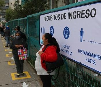 Municipalidad despliega a equipos de Dirección de Tránsito, para demarcar espacios para el distanciamiento físico