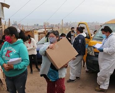Municipalidad de Iquique inicia distribución de cajas de mercadería del gobierno regional de Tarapacá
