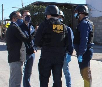 Cabo segundo de Carabineros lideraba banda criminal que robaba cigarrillos de contrabando. Usaban cámara de vigilancia instalada en Tenencia de Huara
