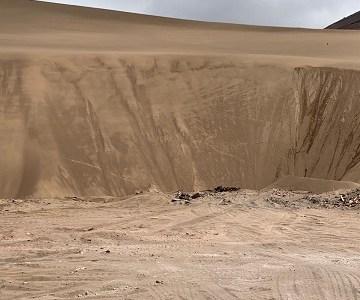 Municipalidad de Iquique interpondrá denuncia por derrame de líquidos tóxicos en el Cerro Dragón