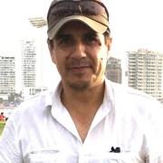 """Abogado Vila: """"Es extraño que TV transmita en vivo para Chile, que es un desalojo y Gobernador hable de proceso de recuperación de espacio público"""""""