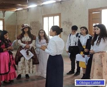 """Colegio Diocesano Obispo Labbé logra premio a la """"Innovación Docente"""", con propuesta educativa realizada en Humberstone"""