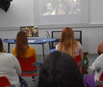 Gendarmería desarrolla Ciclo de Cine para internas que se encuentra en recinto penal de Alto Hospicio