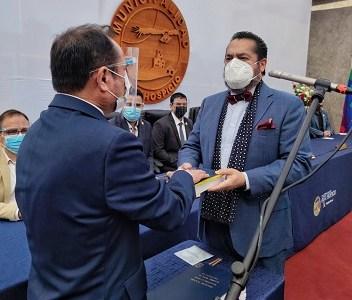 Alcalde reelecto por Alto Hospicio, asumió segundo periodo junto a ediles que le acompañarán
