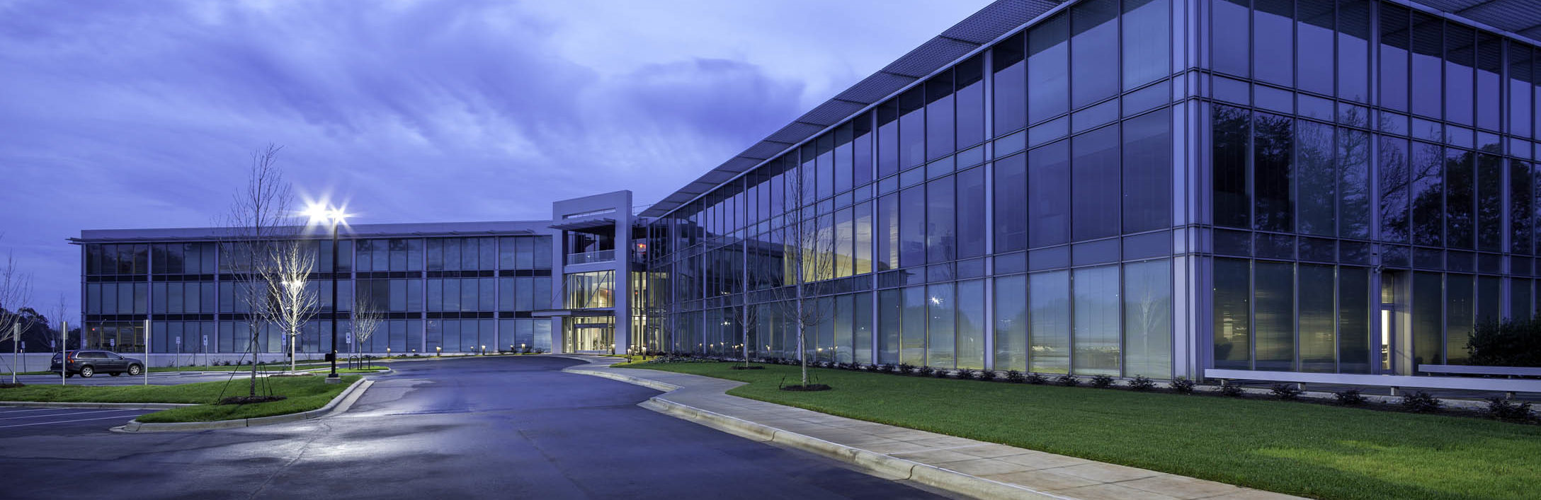 off broadway shoe warehouse corporate headquarters edifice